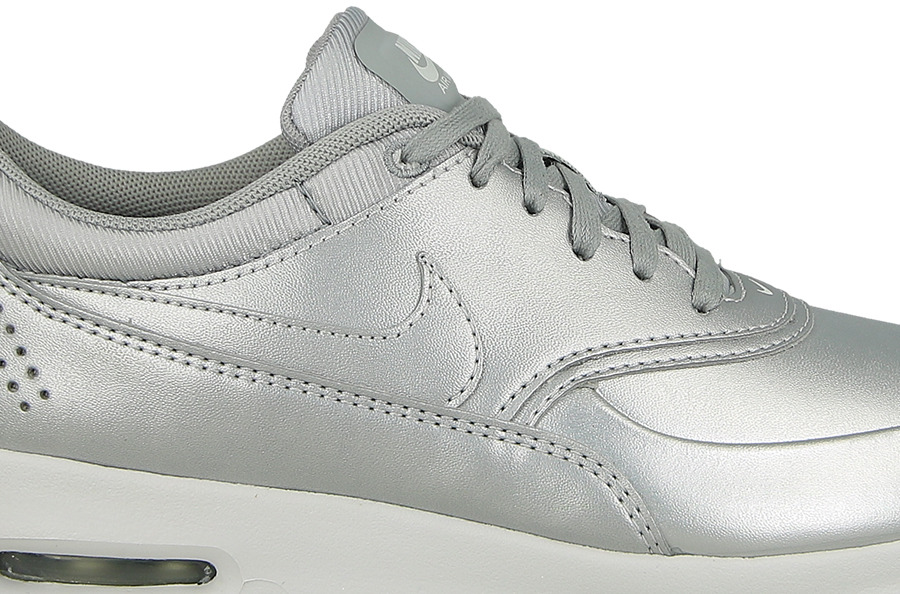 Nike Damen 861674 001 Fitnessschuhe, Silber